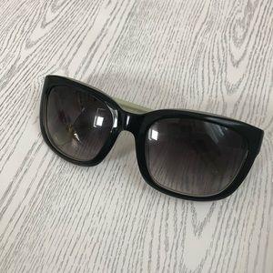 Vera Bradley sunglasses 🕶